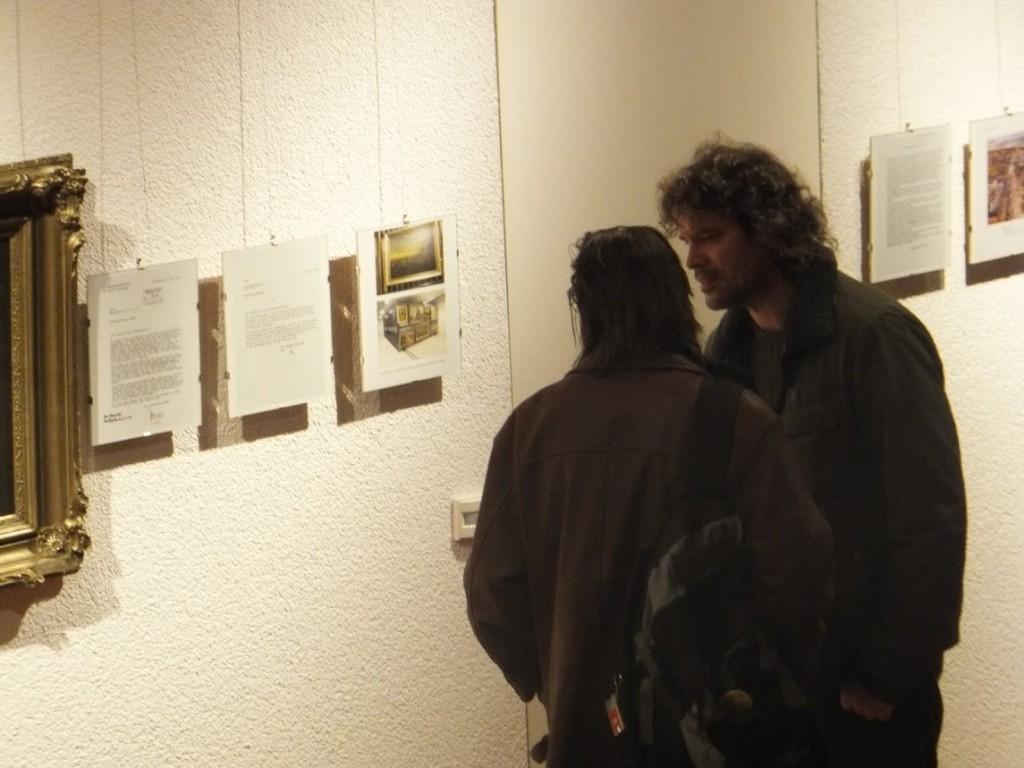 rechts: Josh von Staudach